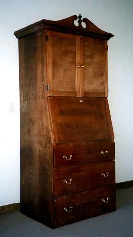 Maple Secretary Desk (Mahogony Stain)